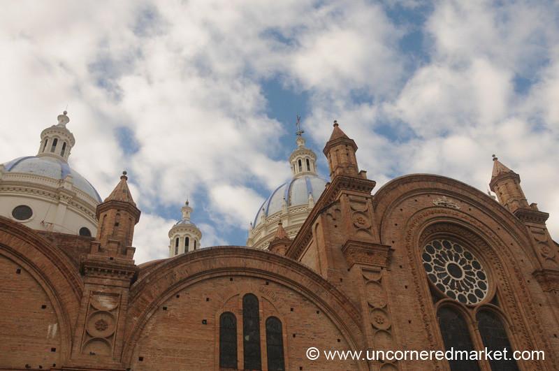 Cuenca's Impressive New Cathedral - Ecuador