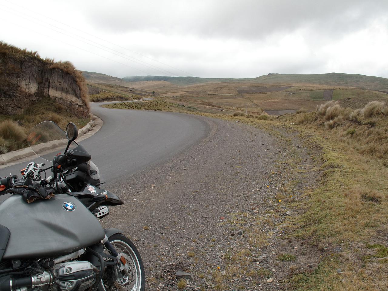 Road to Laguna Quilotoa