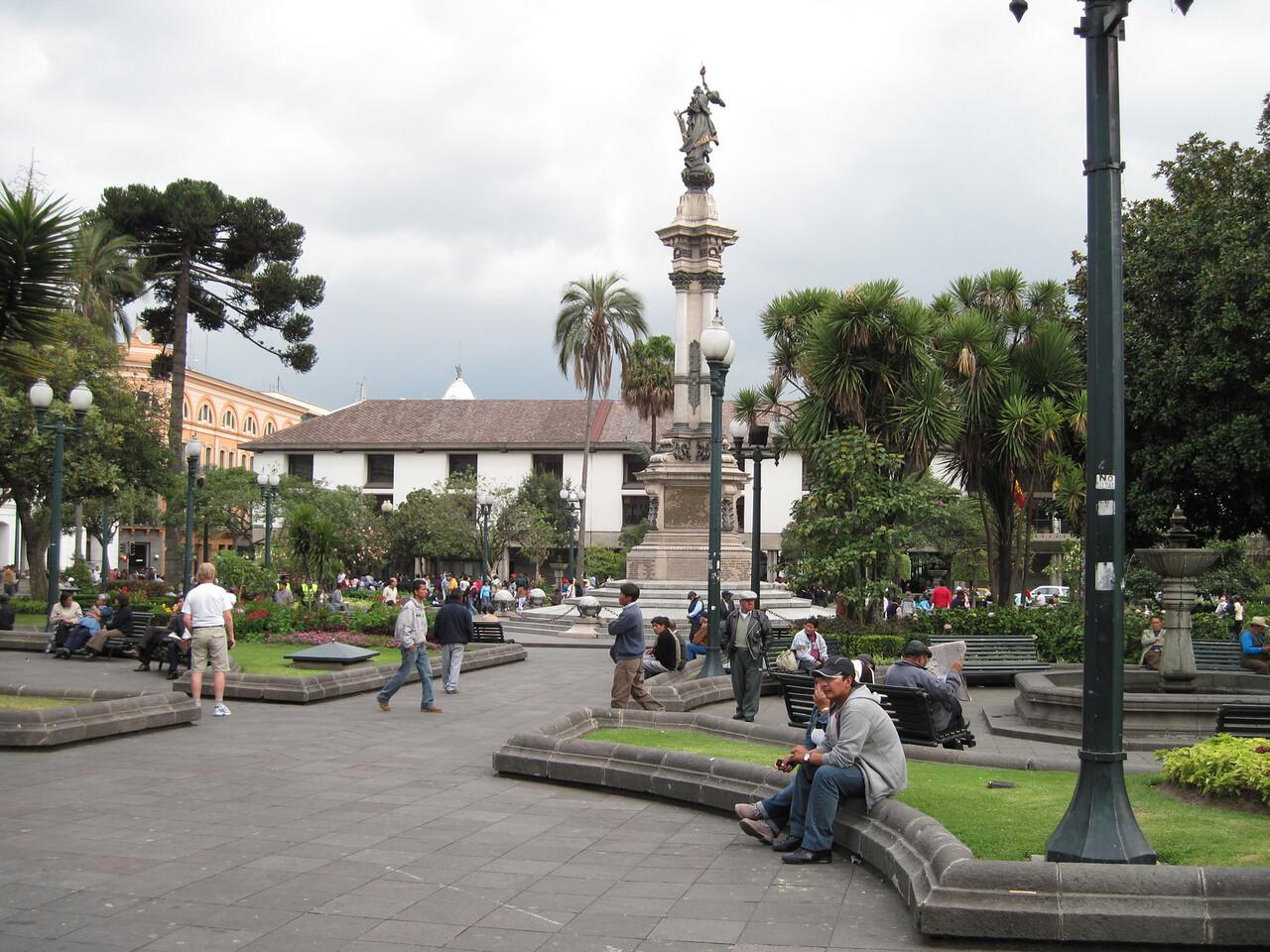 Quito Plaza Grande