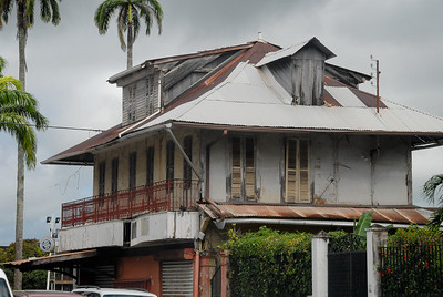 The old colonial architecture...