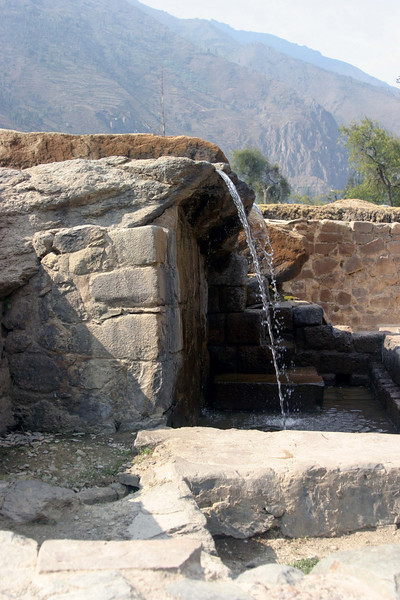 <center>Incan Fountain    <br><br>Ollantaytambo, Peru</center>