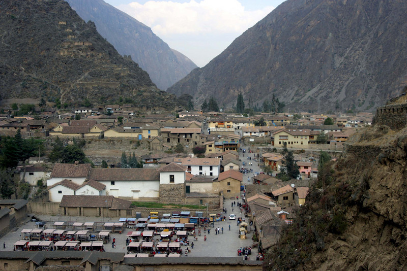<center>Ollantaytambo    <br><br>Ollantaytambo, Peru</center>