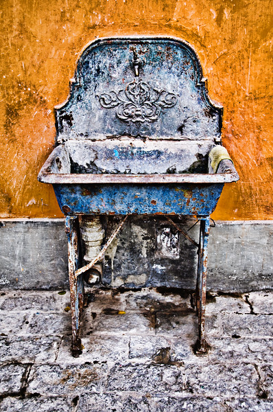 Old Sink in use at Peruvian Horse Ranch