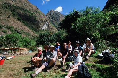Tour group on Inca Trail to Machu Picchu