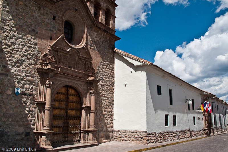 Plaza de las Nazarenas<br /> The Church and Seminary of San Antonio Abad<br /> (The seminary building has been converted into the Hotel Monasterio.)