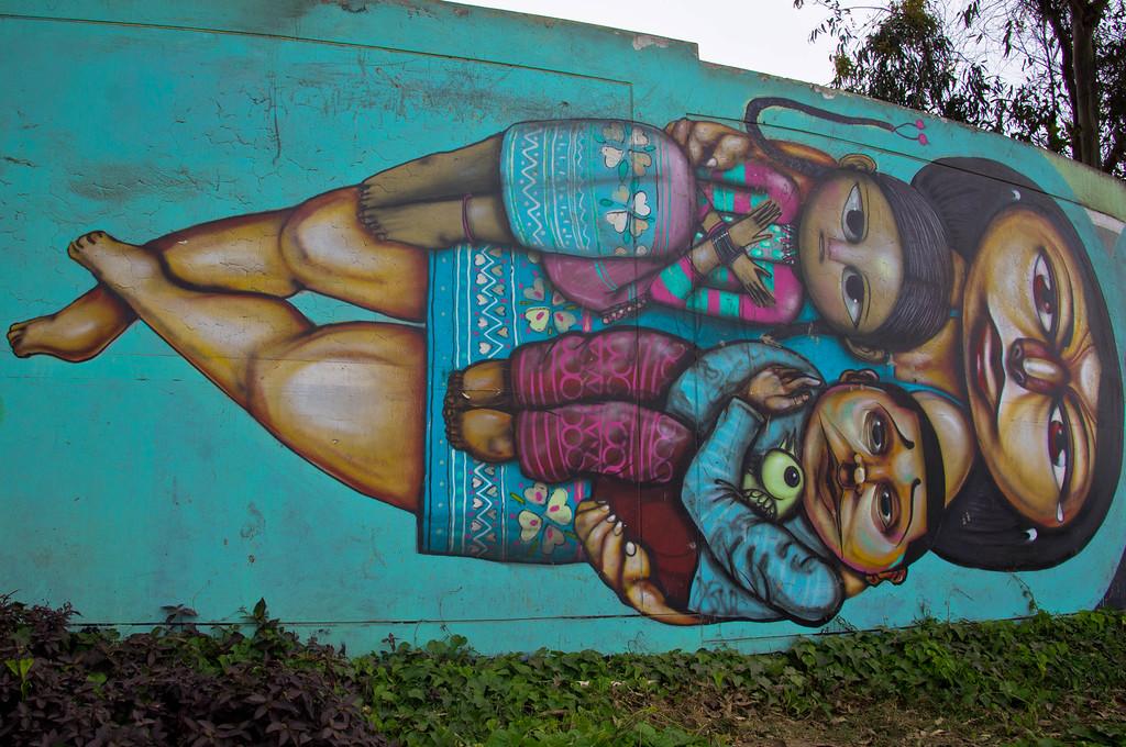 Street art in Lima, Peru by Entes & Pesimo