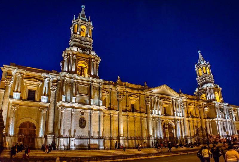 Catedral - Plaza de Armas - circa 1612