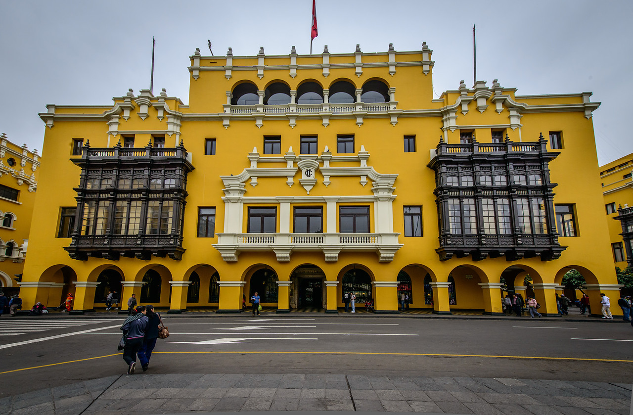 City Buildings, Plaza de Armas