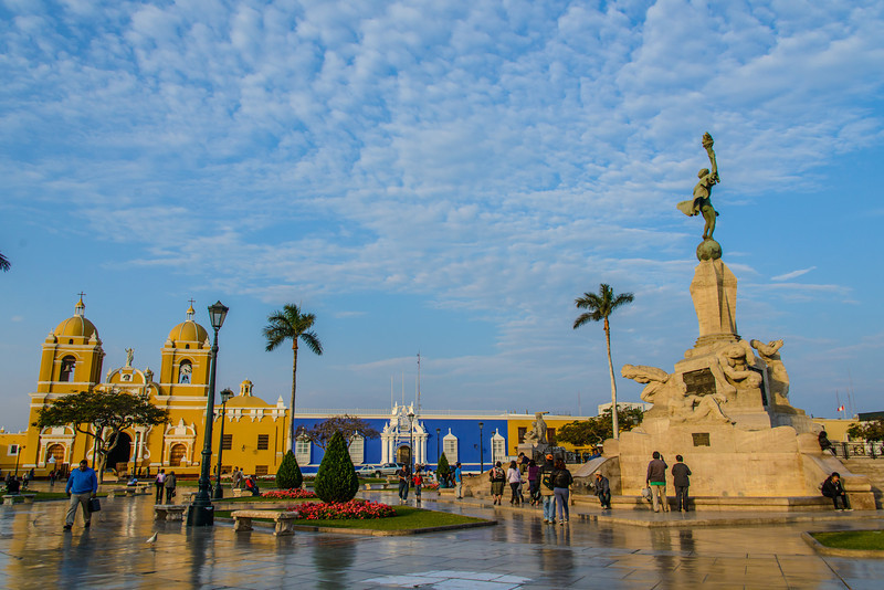 Trujillo Plaza de Armas -Main Square and Freedom Monument