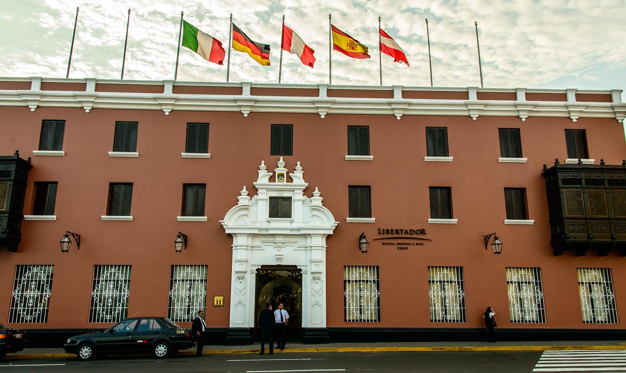 Hotel on Plaza de Armas
