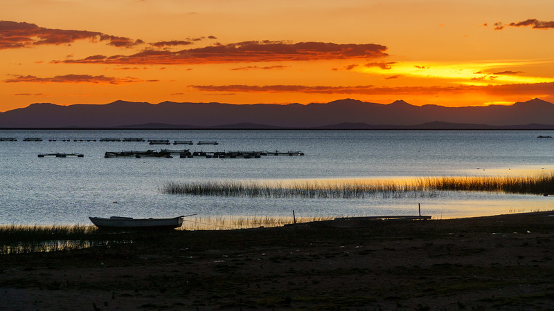 Marvelous sunset at Llachon Island. What a nice way to finish our getaway at splendid Lake Titicaca!