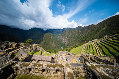 buildings & terraces Machu Picchu