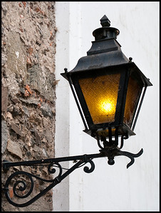 Colonia street light