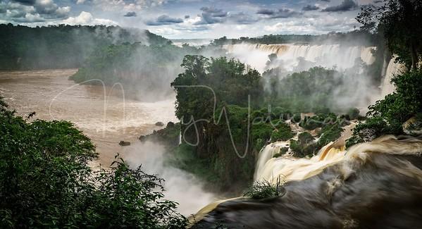 Iguazu' Falls Panorama
