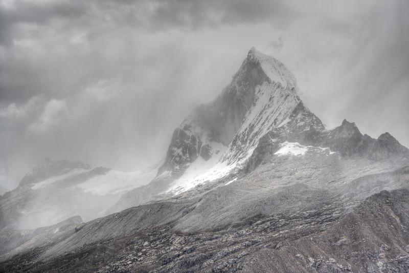 Huandoy - Cordillera Blanca, Peru