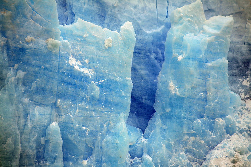 Perito Moreno, blue cliff