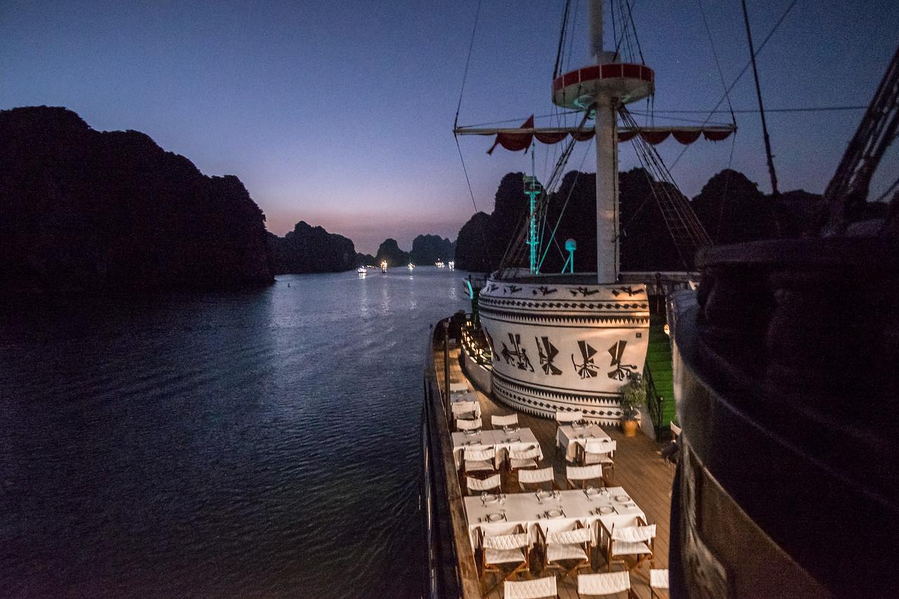 Dragon Legend Cruise in Halong Bay