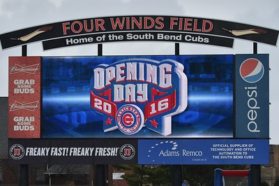 South Bend Cubs vs West Michigan White Caps  4-07-16