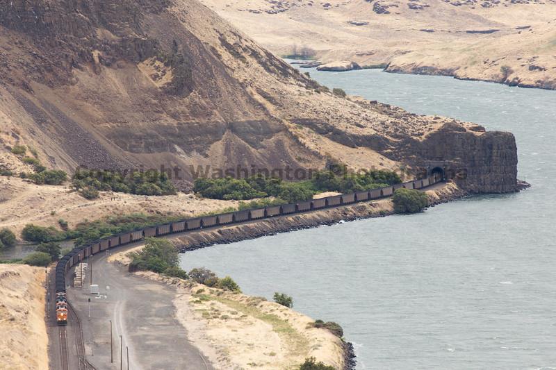 Columbia River Gorge Trains 38b