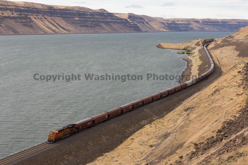 Columbia River Gorge Trains 22