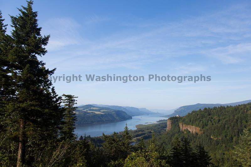 Columbia River Gorge Vista House 10