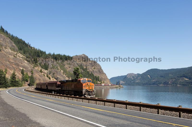 Columbia River Gorge Trains 60