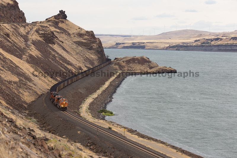 Columbia River Gorge Trains 28