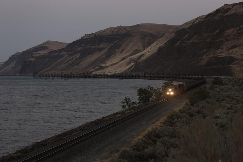 Columbia River Gorge Trains 61