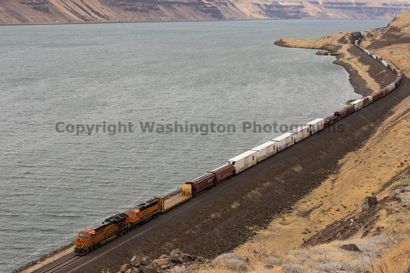 Columbia River Gorge Trains 27