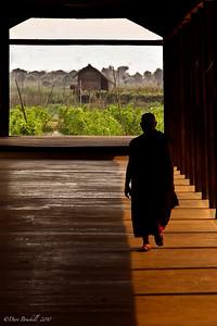 Monk-Burma-Myanmar-Asia