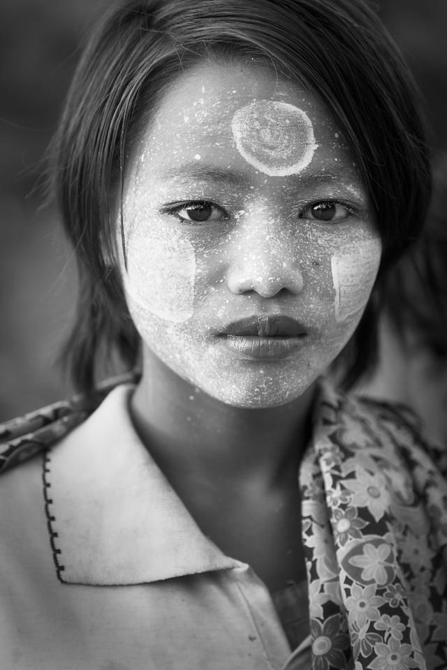 Girl wearing thanaka, Mrauk U