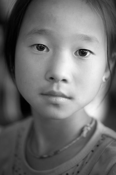 Young tribal girl, Snake Pagoda, Paleik