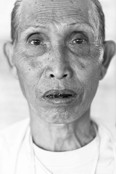 Tribal man on pilgrimage, Snake Pagoda, Paleik