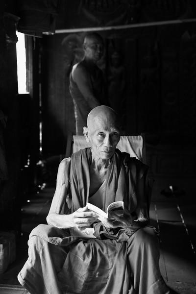 Two monks, Tingaza Kyaung, Mandalay
