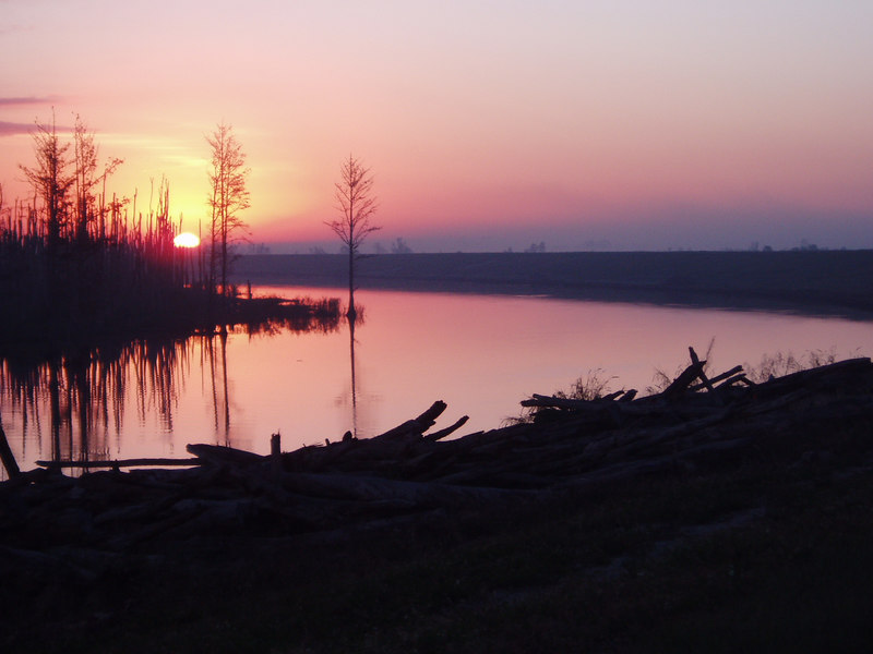 Sunrise along the Rim Canal<br /> location: Moore Haven<br /> PHOTO CREDIT: Robert Coveney / Florida Trail Association