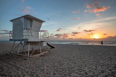 Sunrise Walk at the Fort Lauderdale beach, Florida