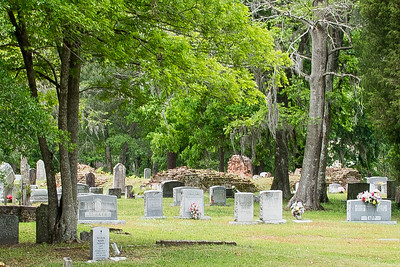 Old White Meeting House and Cemetery, Summerville