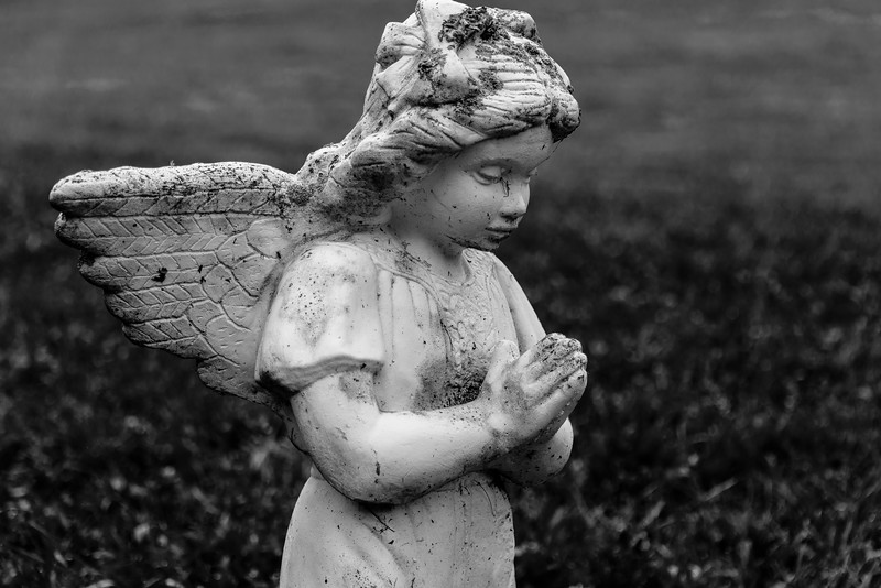 Blue Ridge Parkway - Woodberry Inn - Angel Praying-0221