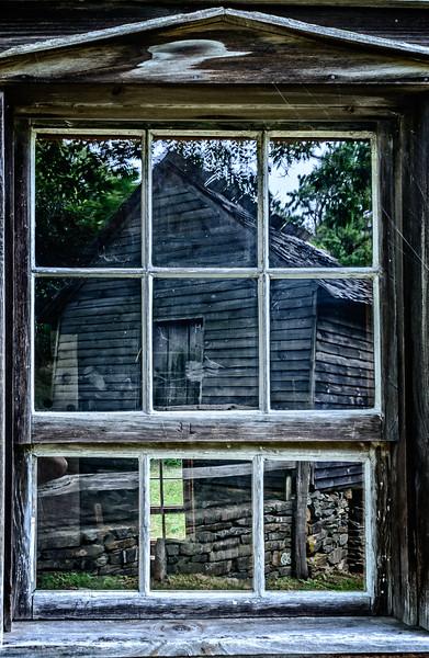 Blue Ridge Parkway - Bringegar Cabin Reflection-0299