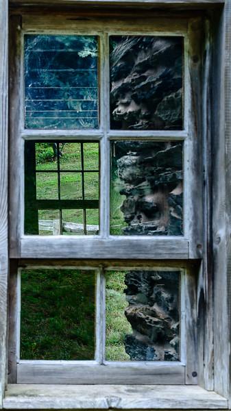 Blue Ridge Parkway - Bringegar Cabin Reflection-0292