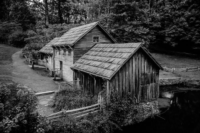 Blue Ridge Parkway - Mabry Mill  -0169