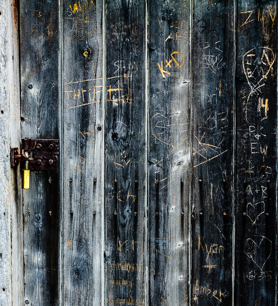 Blue Ridge Parkway - Puckett's Cabin Graffiti-0244