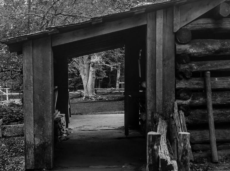 Blue Ridge Parkway - Shack-0186