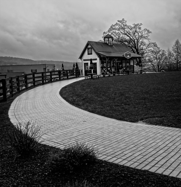 Jim Beam - Red House B&W