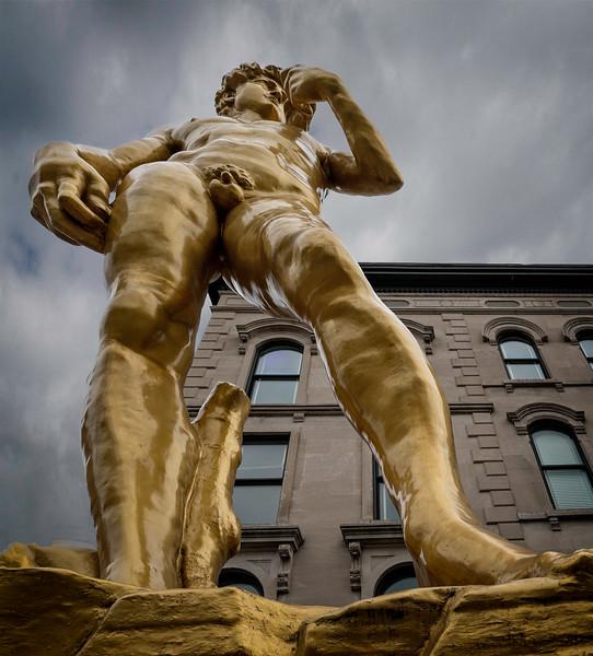 Louisville KY - Daivid's Big Hands