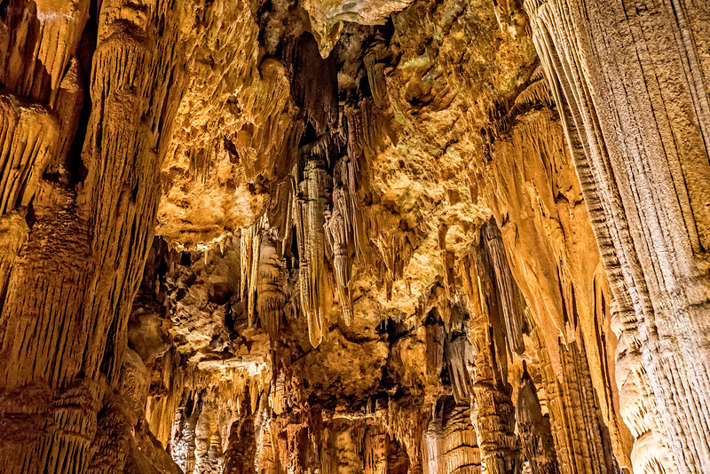 Luray Caverns -  Speleothems Leaning Columns-1