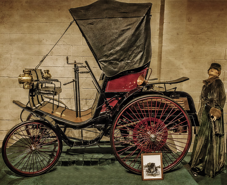 Luray Caverns Car & Carriage Museum - 1892 Benz-1