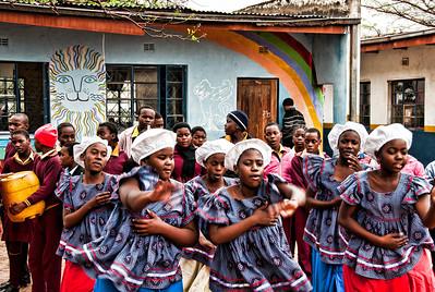 girls-native-dances-2