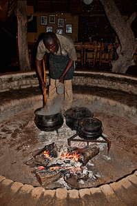 man-cooking-fire-pit-5