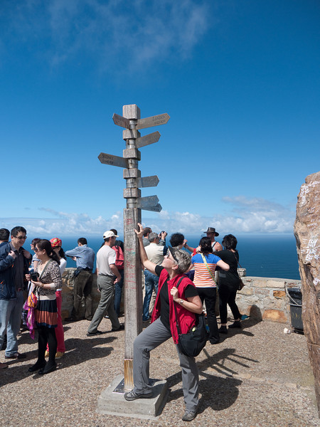Susie, with a busload of other tourists, at Cape Point Light.